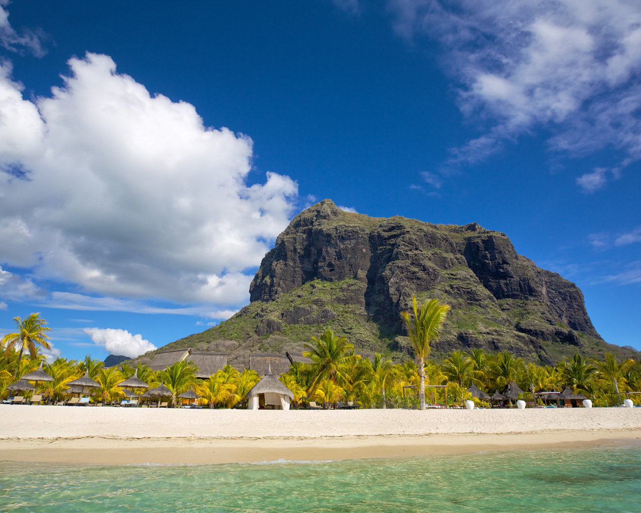 globalization mauritius With globalization partners global employee leasing platform it's easy to hire employees in mauritius with minimal time/expense.