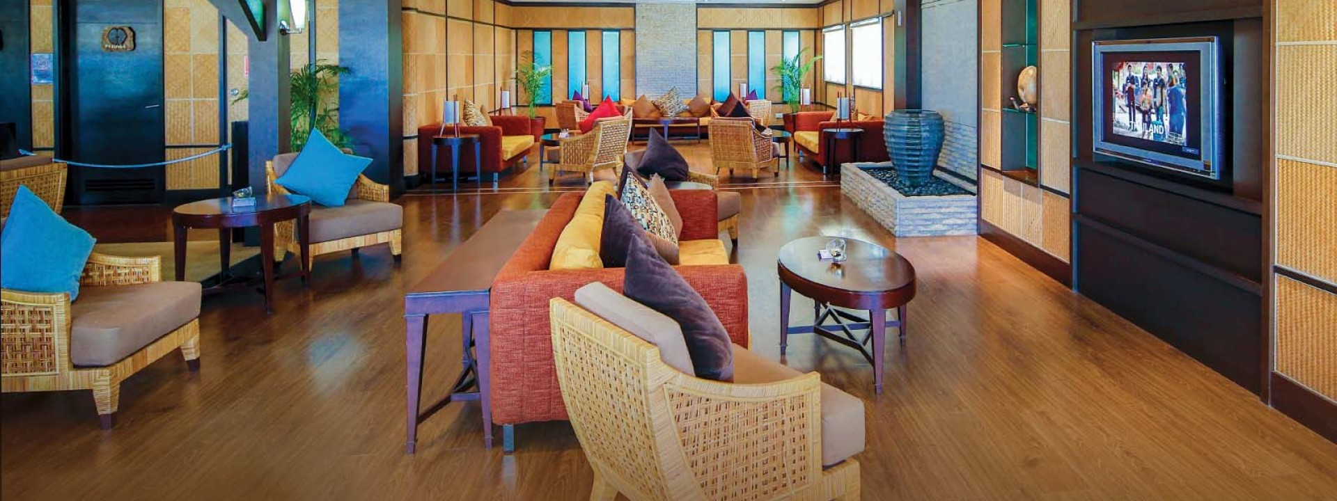 Book our Premium lounge in the Seychelles