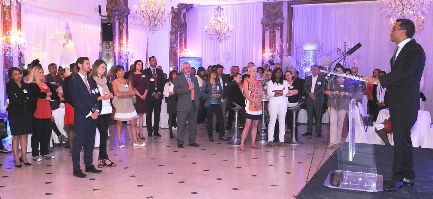 Manoj Papa, Chief Executive Officer of Air Seychelles, speaks to guests at Air Seychelles' cocktail function in Paris