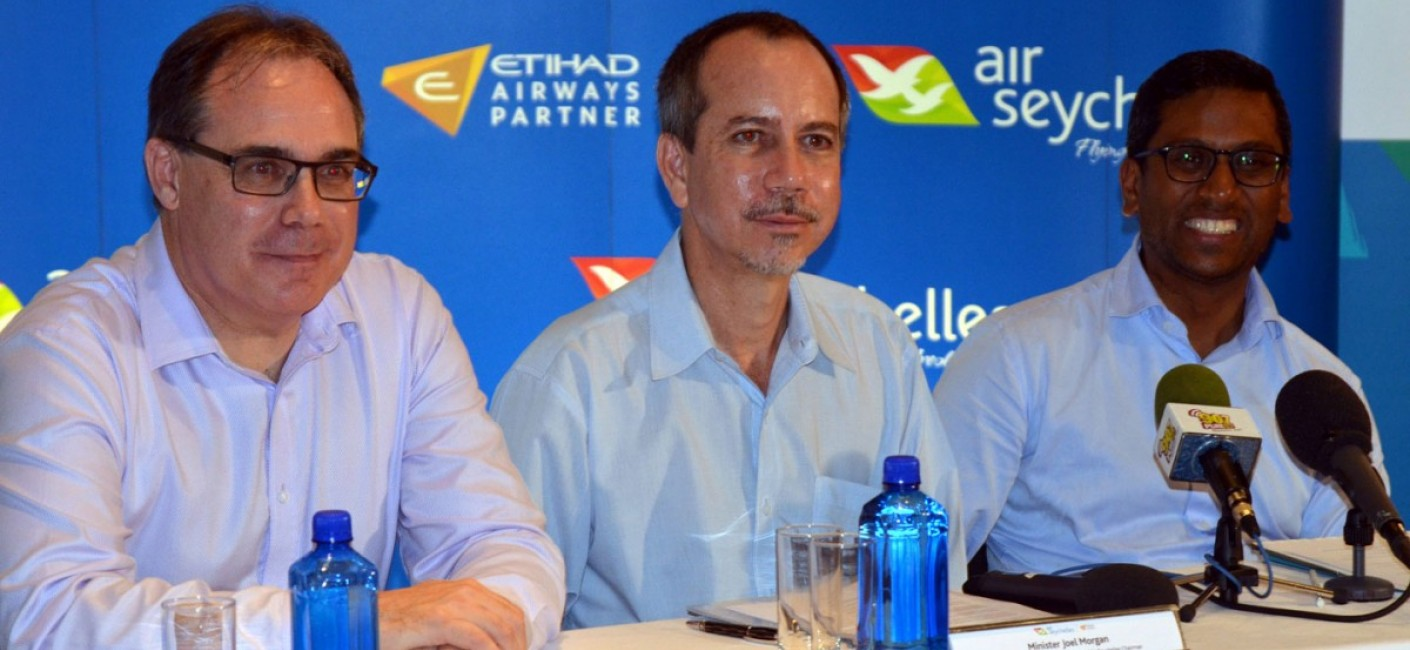 Joël Morgan (centre), Minister of Foreign Affairs and Transport and Chairman of Air Seychelles, introduces incoming Chief Executive Officer of Air Seychelles, Roy Kinnear (left), with Manoj Papa (right), the current CEO